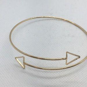 4 for $12: Gold Tone Arrow Bracelet